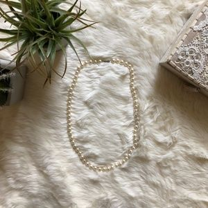 Beautiful Faux Imitation Pearl Collar Necklace